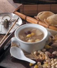 Bird's Nest soup with Ginkgo (small)